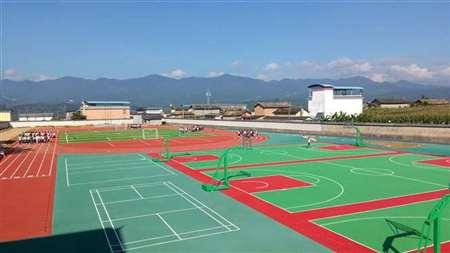 昌宁县勐统中学运动场